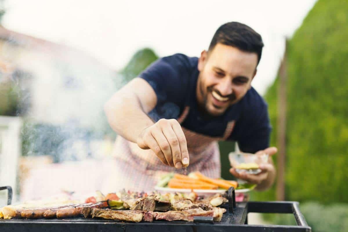 img-barbecue-la-star-de-lete-pour-les-francais