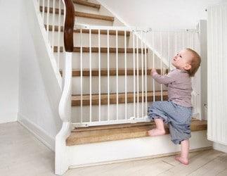 sécurité de bébé à la maison